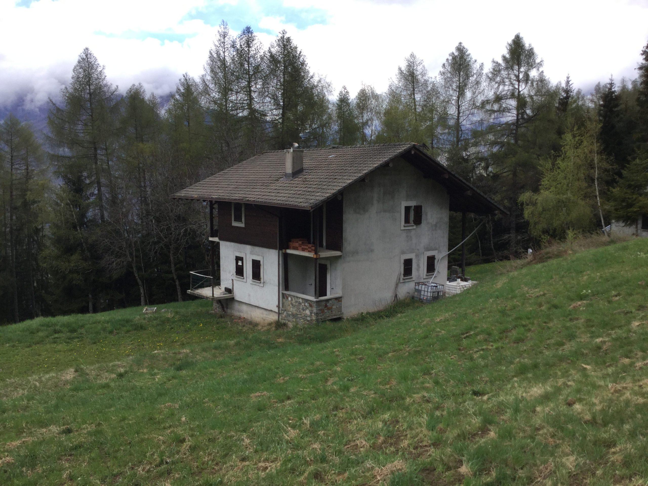 A pochi passi da Aprica casa indipendente con terreno