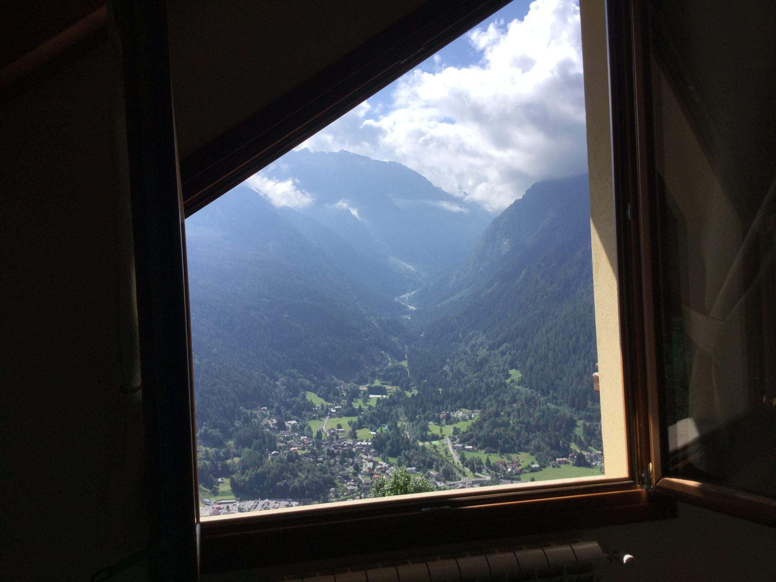 Altitudine 1400 metri Canè appartamento con box